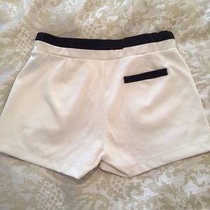 mine Shorts - Mine High Waist Stretch B&W Shorts with Pockets